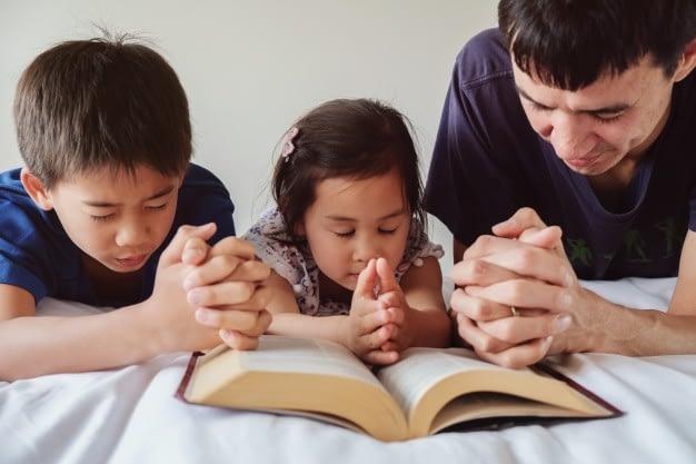 Что такое молитва в христианской семье?